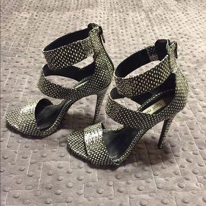 Steve Madden Mira Black/White Snakeskin Heels